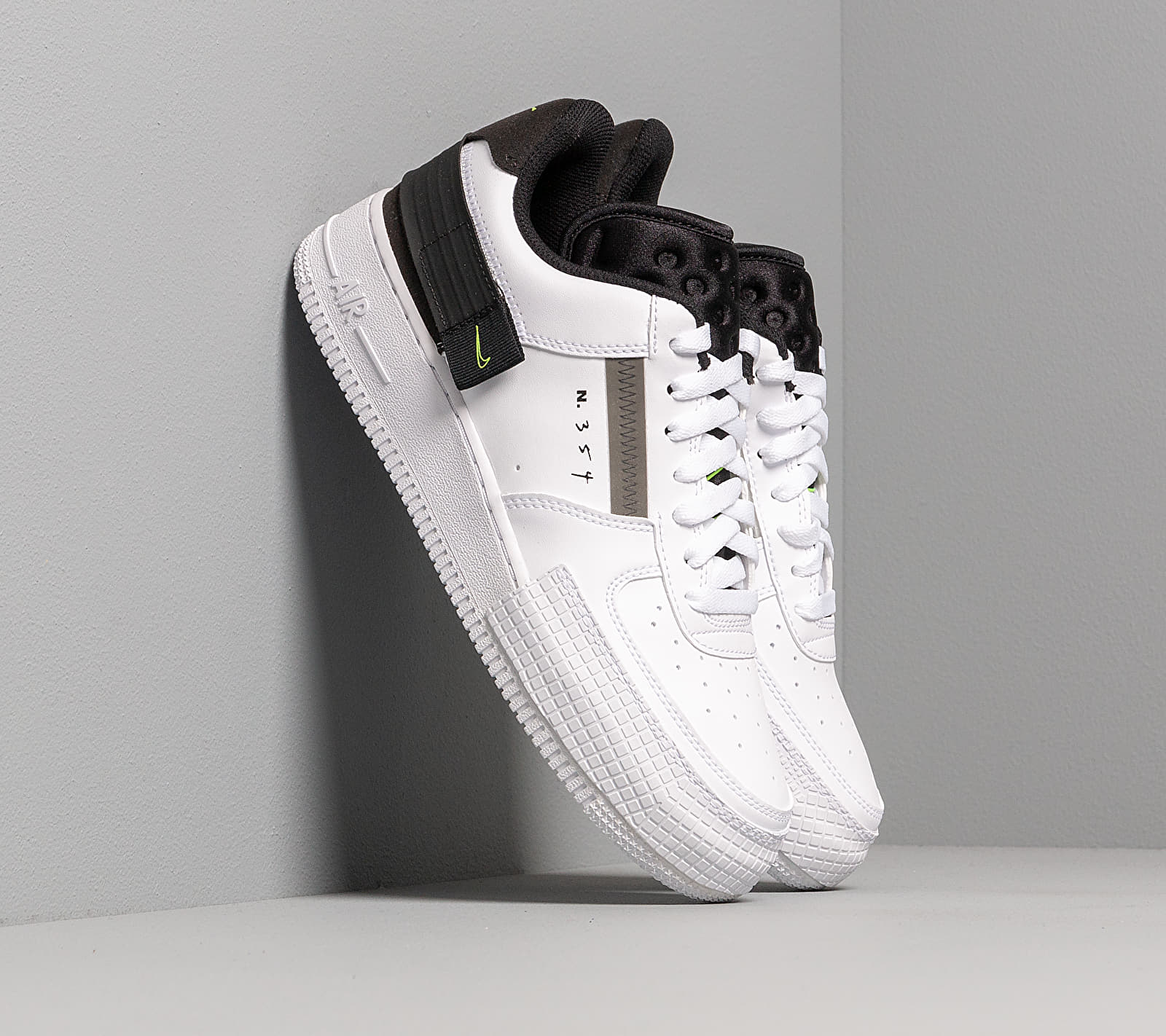 Nike Air Force 1-Type White/ Volt-Black-White EUR 38.5
