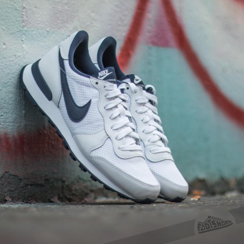 hot sale online 0e927 371bc W Nike Internationalist FO QS White  Midnight Navy-Pine Green