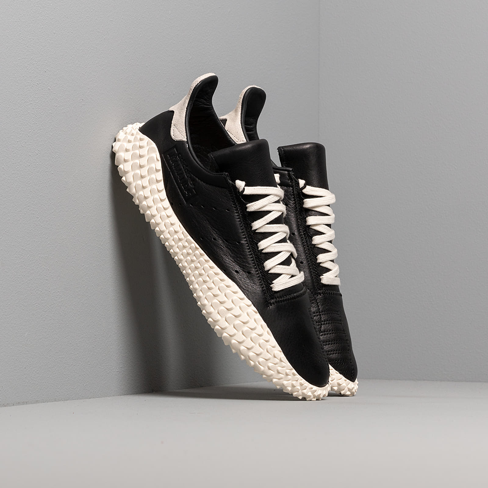 Zapatillas Hombre adidas Kamanda Core Black/ Off White/ Blue