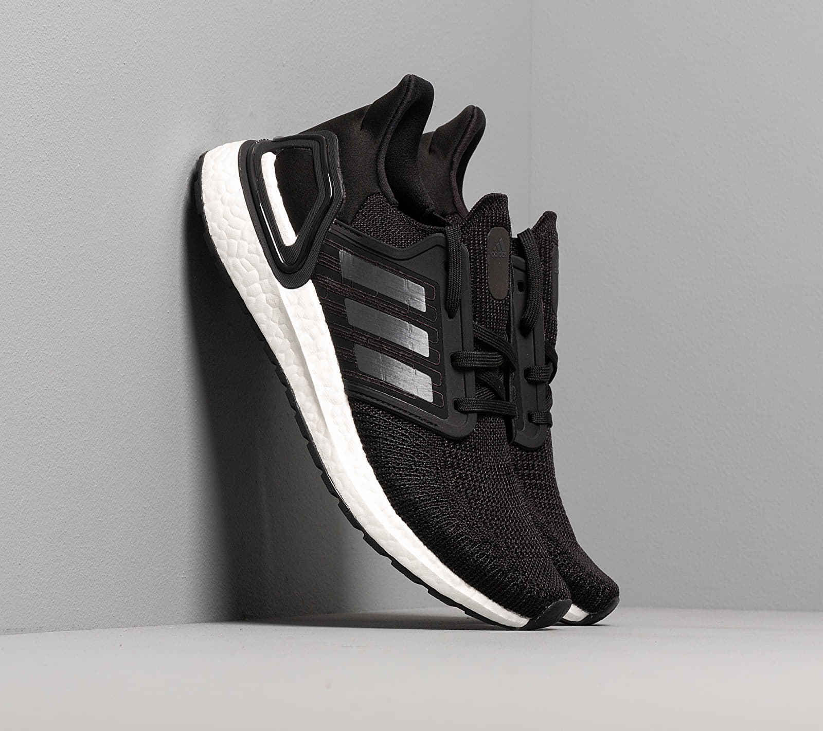adidas UltraBOOST 20 W Core Black/ Night Metalic/ Ftw White