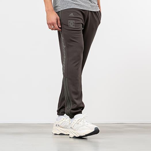 Pants and jeans adidas Calabasas Track