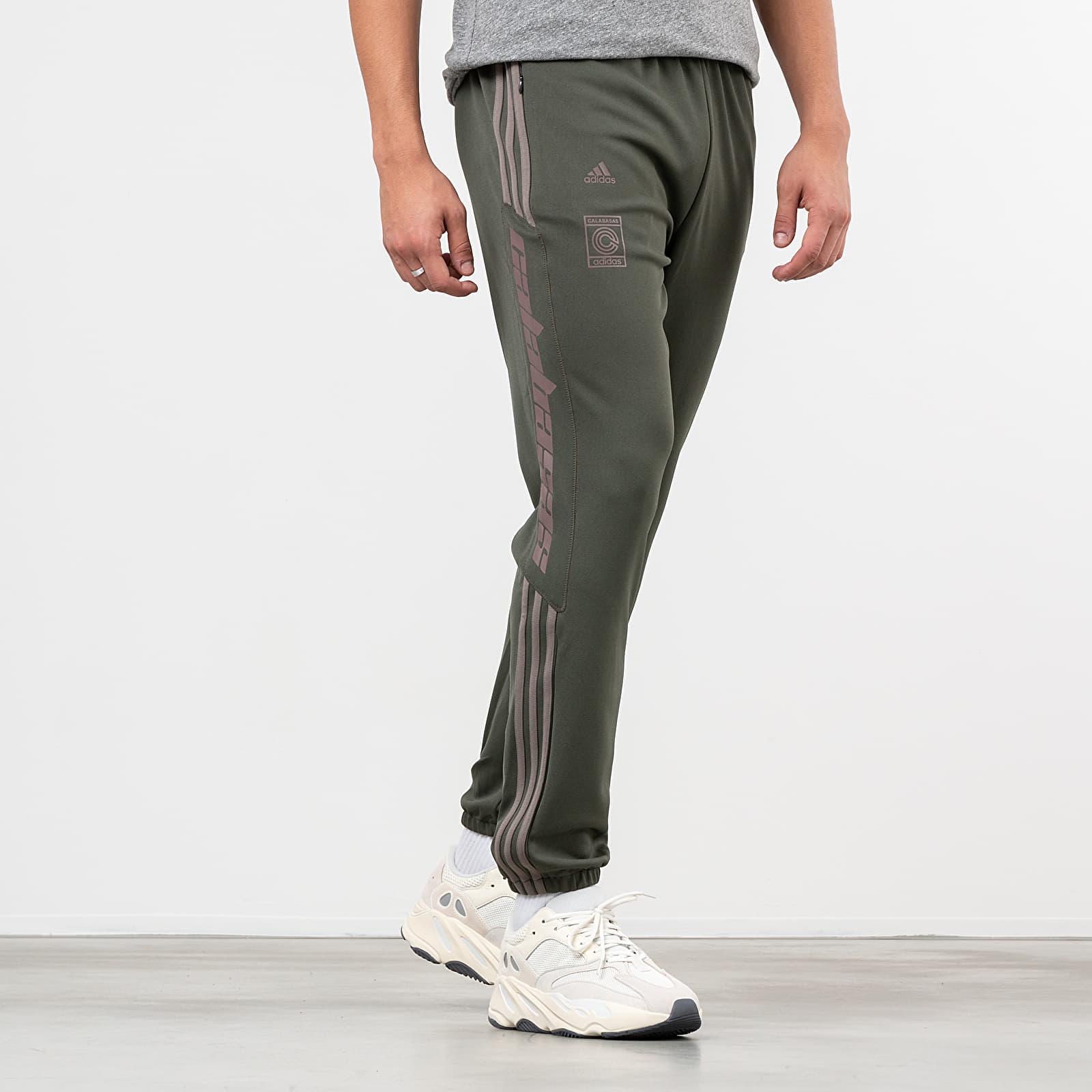 pantalon yeezy calabasas