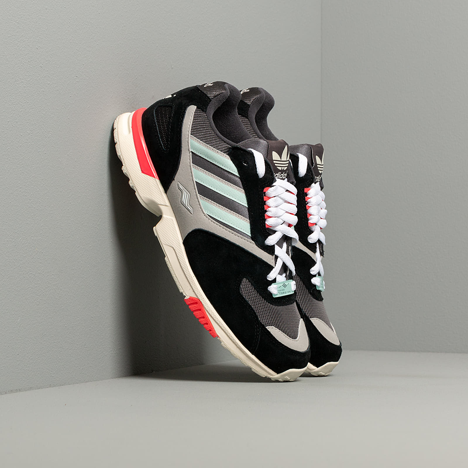 Frauen adidas ZX 4000 W Core Black/ Ice Mint/ Grey Five