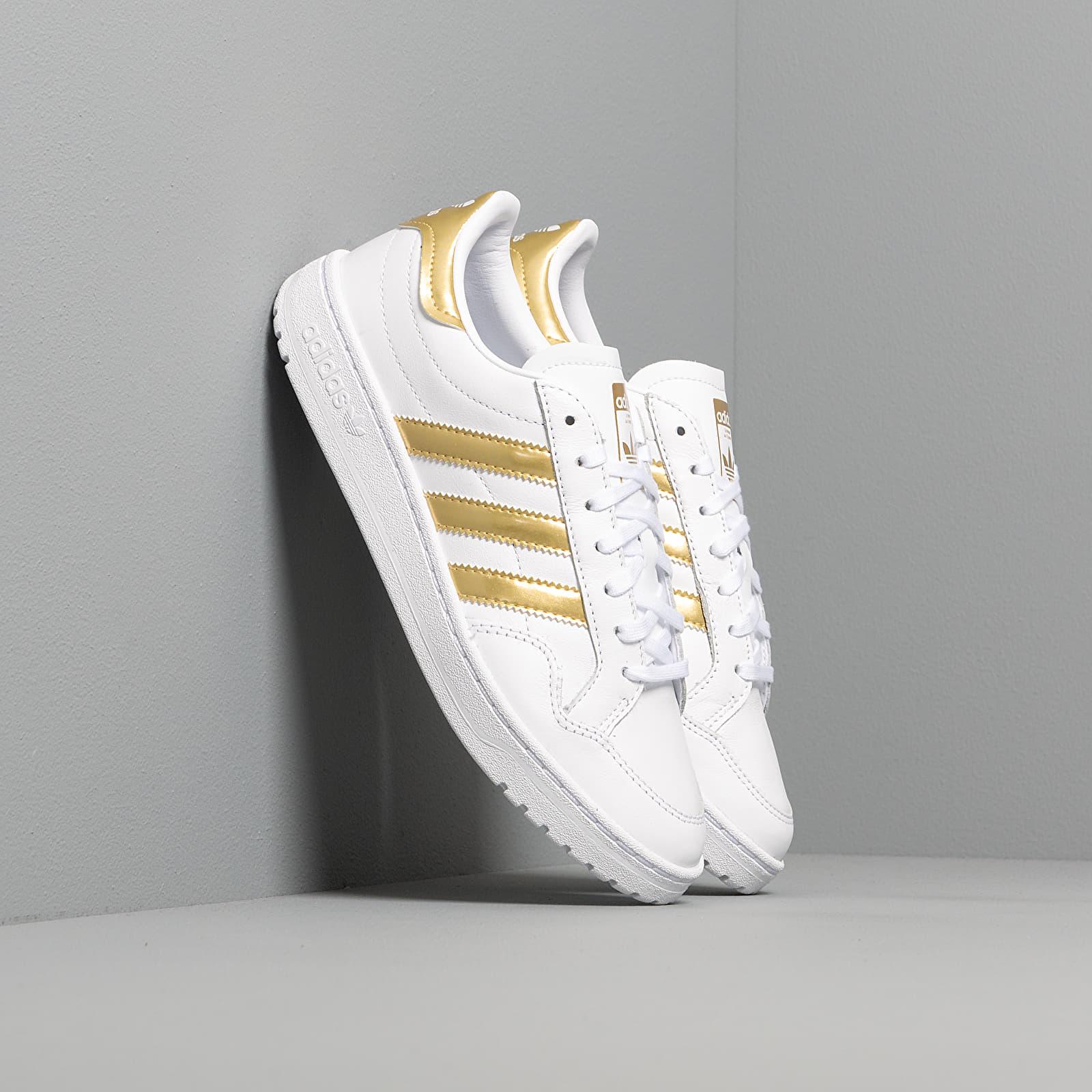 Dámské tenisky a boty adidas Team Court W Ftw White/ Gold Metalic/ Ftw White