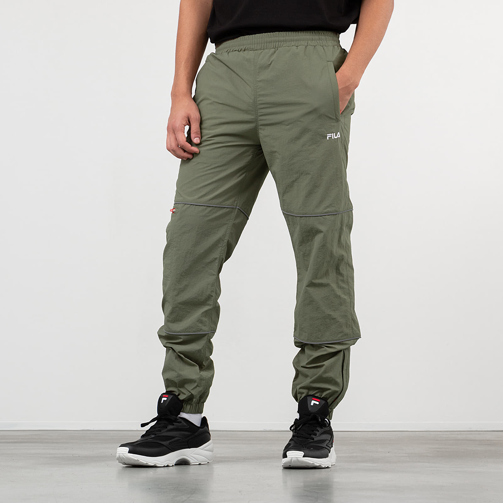 Pants and jeans FILA Upendo Wind Pants Deep Lichen Green