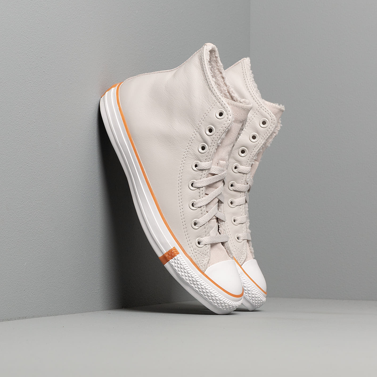 converse pale putty