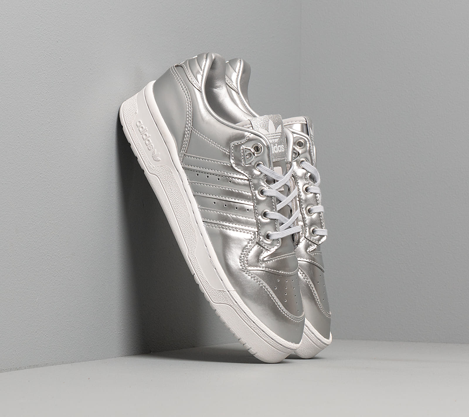 adidas Rivalry Low Silver Metalic/ Silver Metalic/ Crystal White, Gray