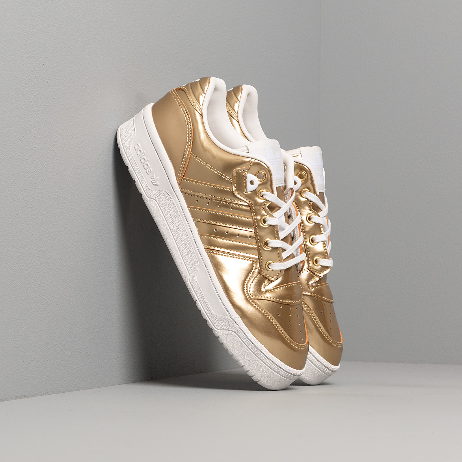 Scarpe e sneaker da uomo adidas Rivalry Low Gold Metalic/ Gold Metalic/ Crystal White