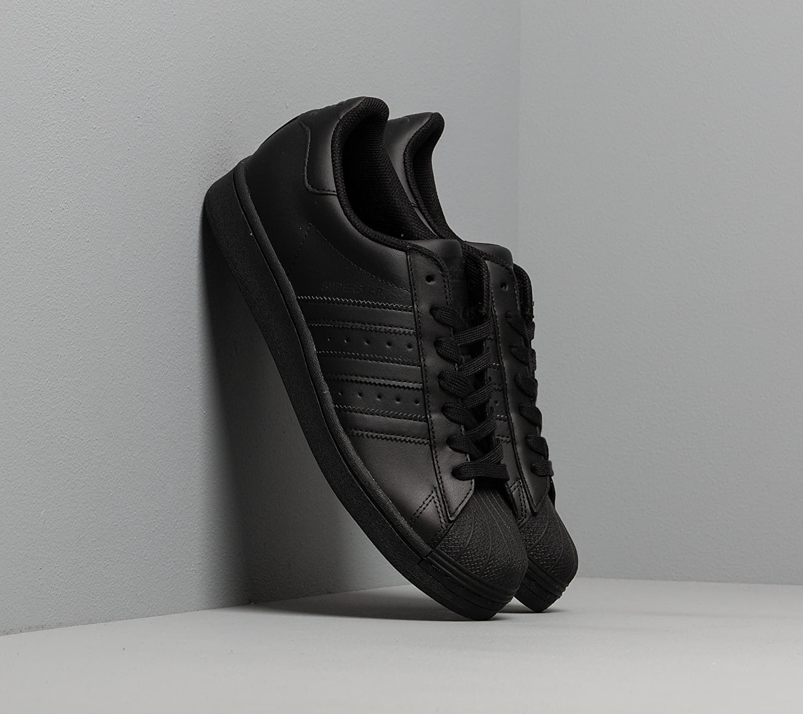 adidas Superstar Core Black/ Core Black/ Core Black EUR 38