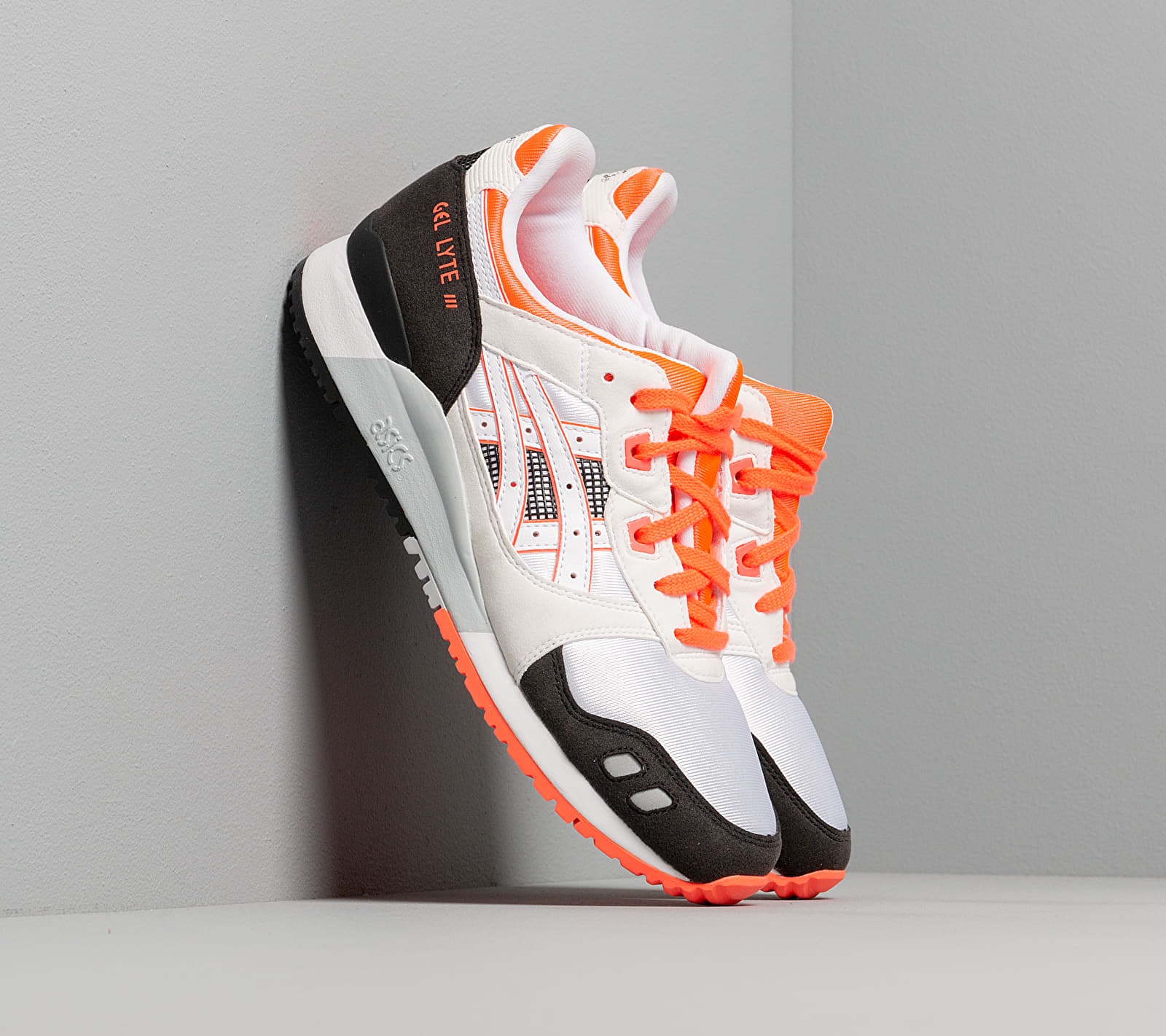 Asics GEL-LYTE III OG White/ Flash Coral EUR 40.5