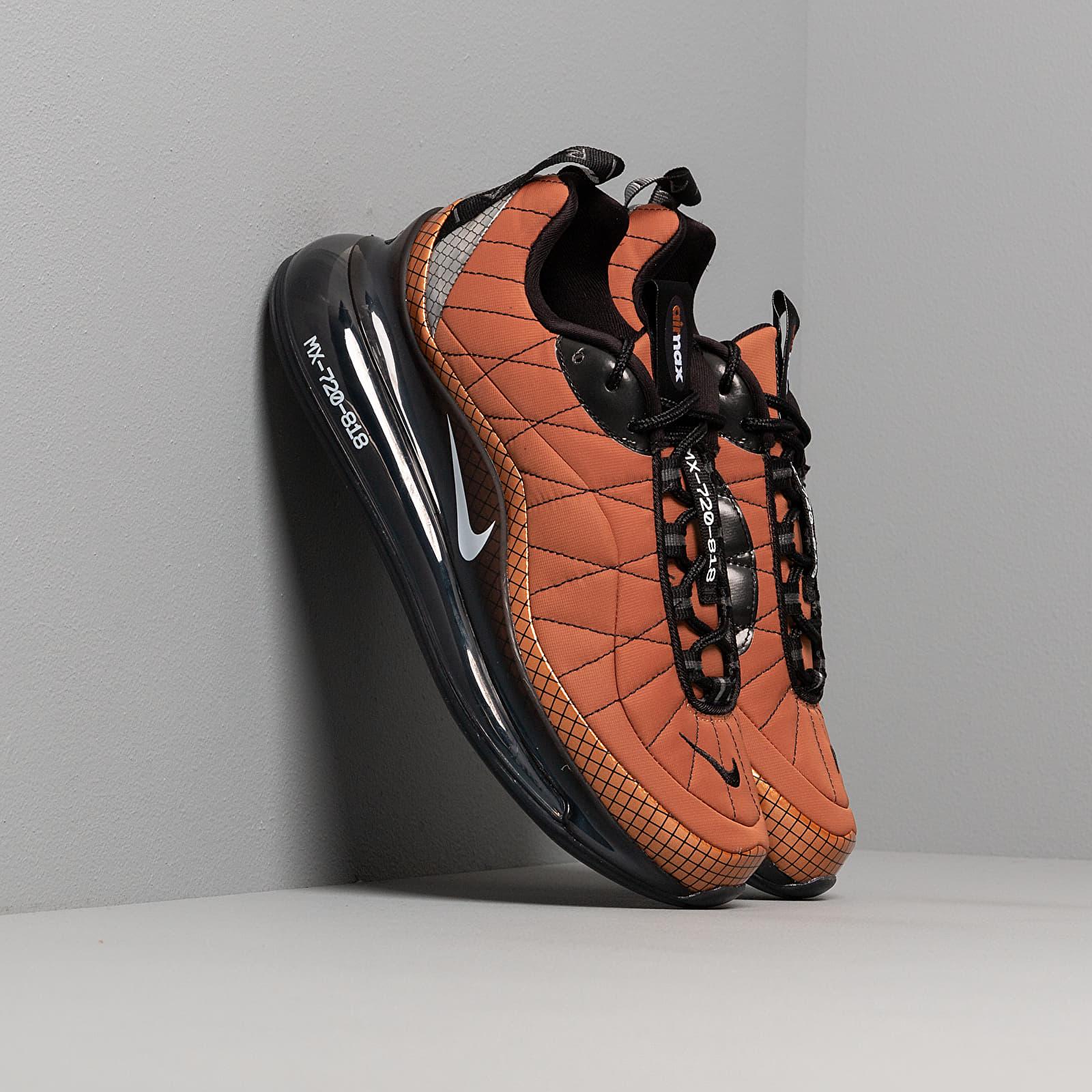 Scarpe e sneaker da donna Nike W Mx-720-818 Metallic Copper/ White-Black-Anthracite