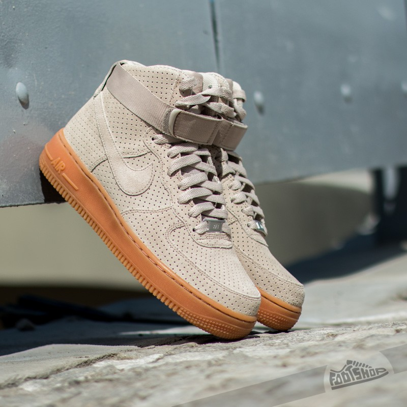 online retailer e8b7c 8ab94 WMNS Air Force 1 Hi Suede StringString