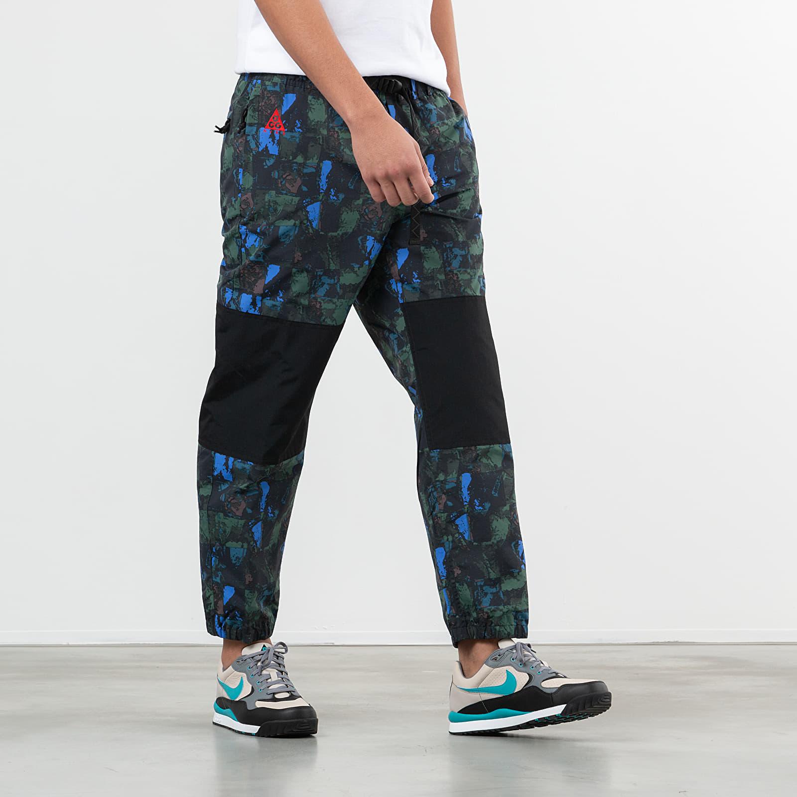 Deshonestidad Belicoso Confundir  Pants and jeans Nike NRG ACG Trail Pants Multicolor | Footshop
