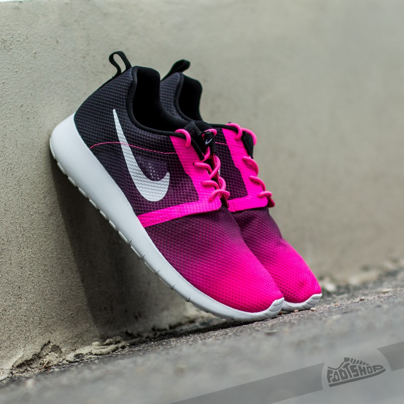 separation shoes 70639 9a1ba Nike Roshe One Flight Weight (GS) Pink Powder/ White-Black | Footshop