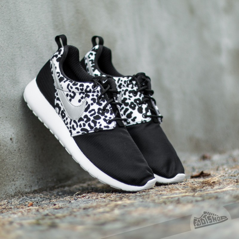 4d5169bc80f7 Nike Roshe One Print (GS) Black  Metallic Silver-White