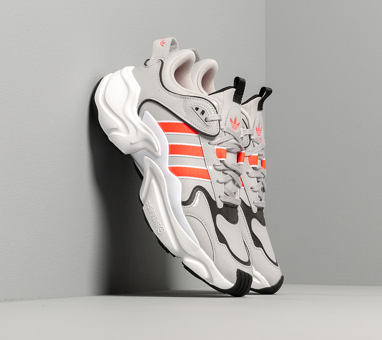 adidas Magmur Runner W Grey Two/ Shock Red/ Ftw White, Gray