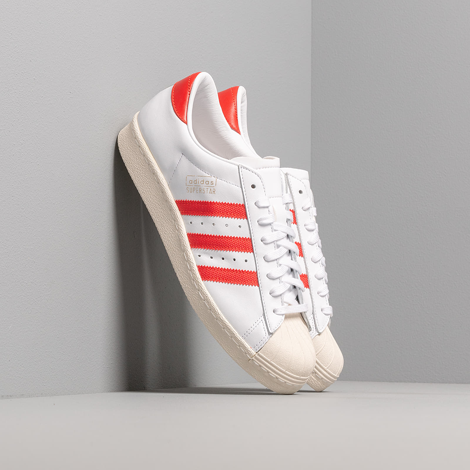 Scarpe e sneaker da uomo adidas Superstar OG Ftw White/ Core Red/ Off White