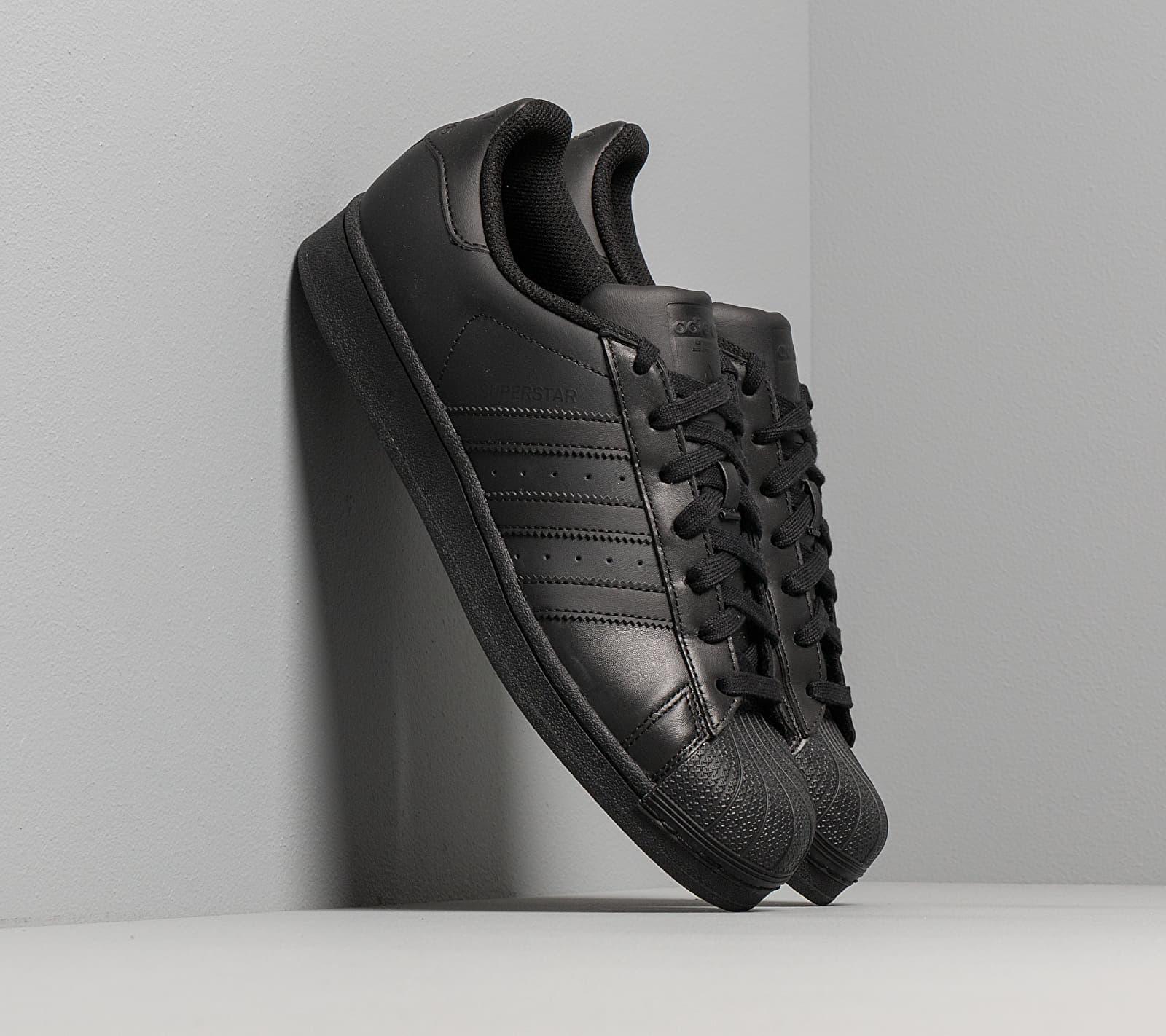 adidas Superstar Core Black/ Core Black/ Core Black EUR 42 2/3