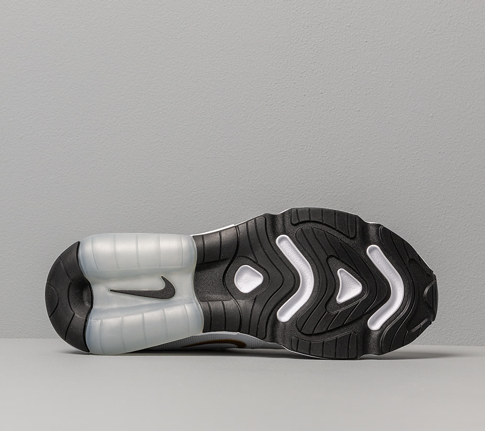 Nike W Air Max 200 White Metallic Gold Black footshop.eu