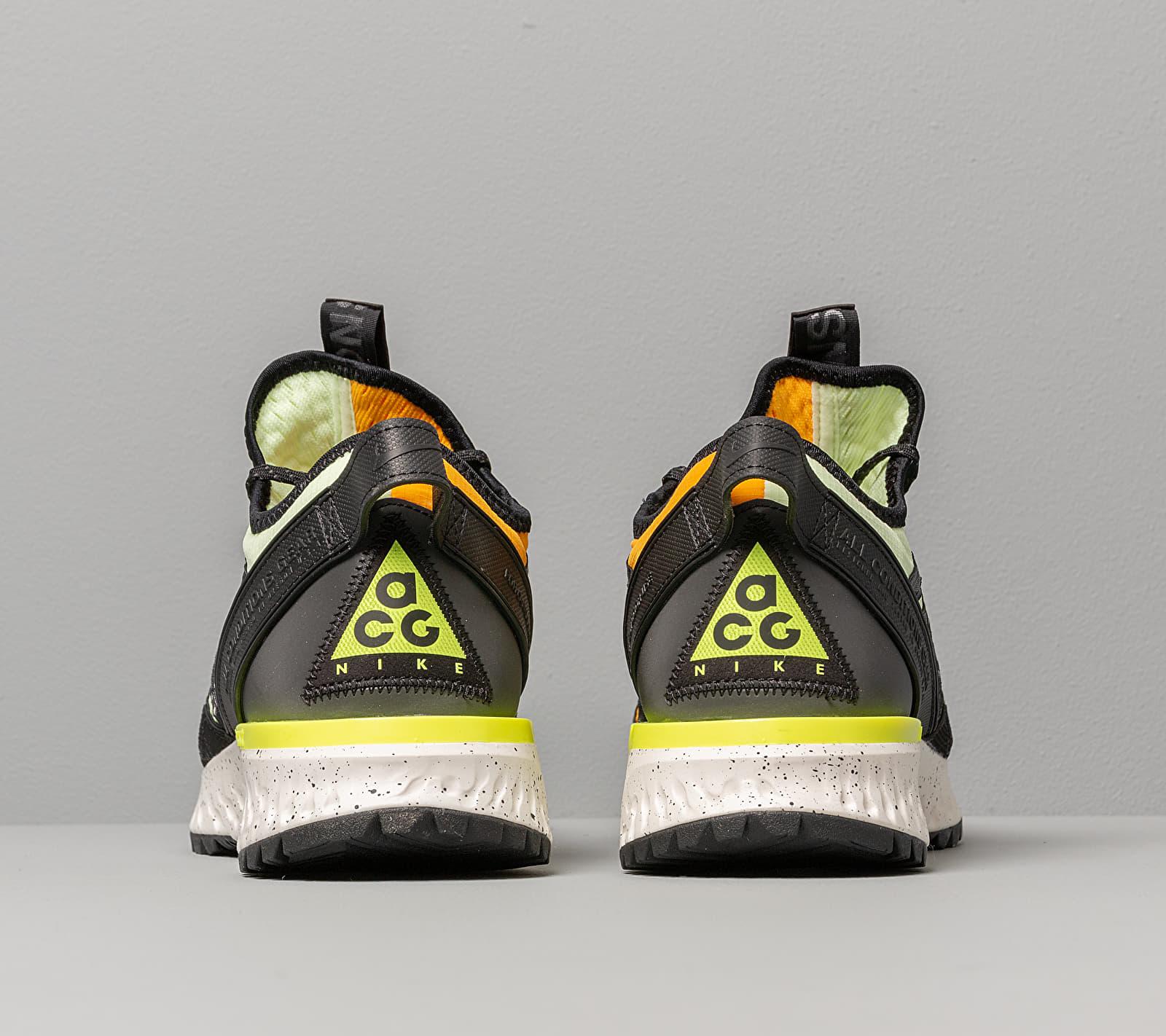 Nike ACG React Terra Gobe Barely Volt/ Volt-University Gold, Yellow