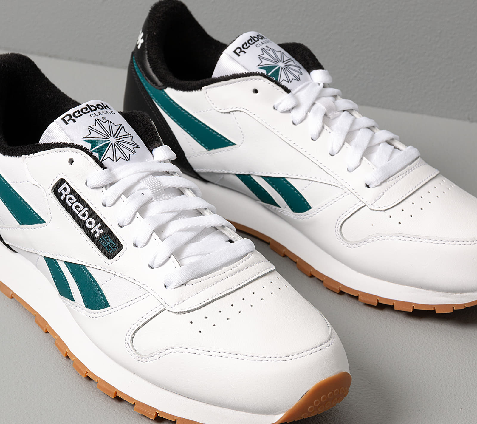 Reebok Classic Leather MU White/ Black/ Heritage Teal