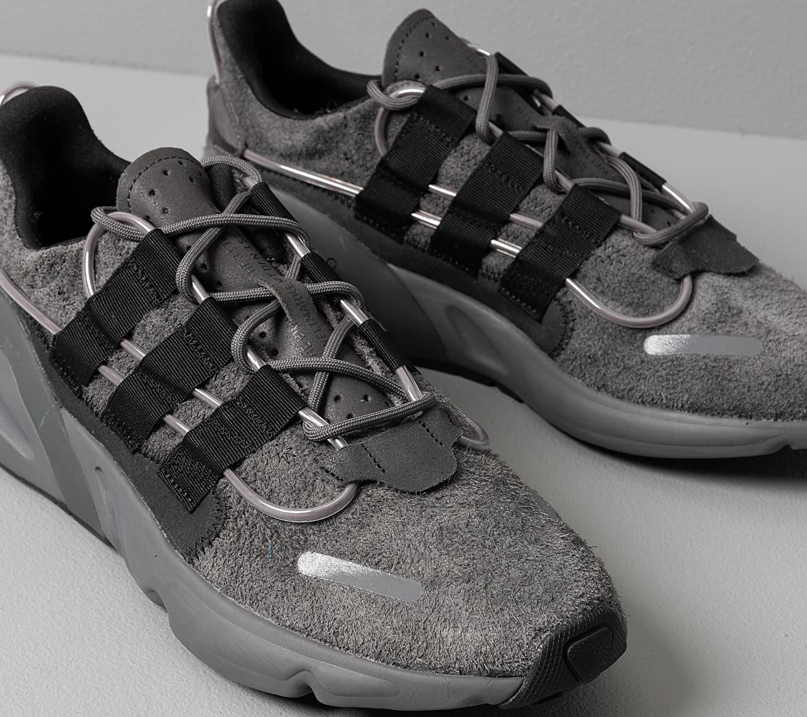 adidas LXCON Grey Six/ Core Black/ Siggnr, Gray