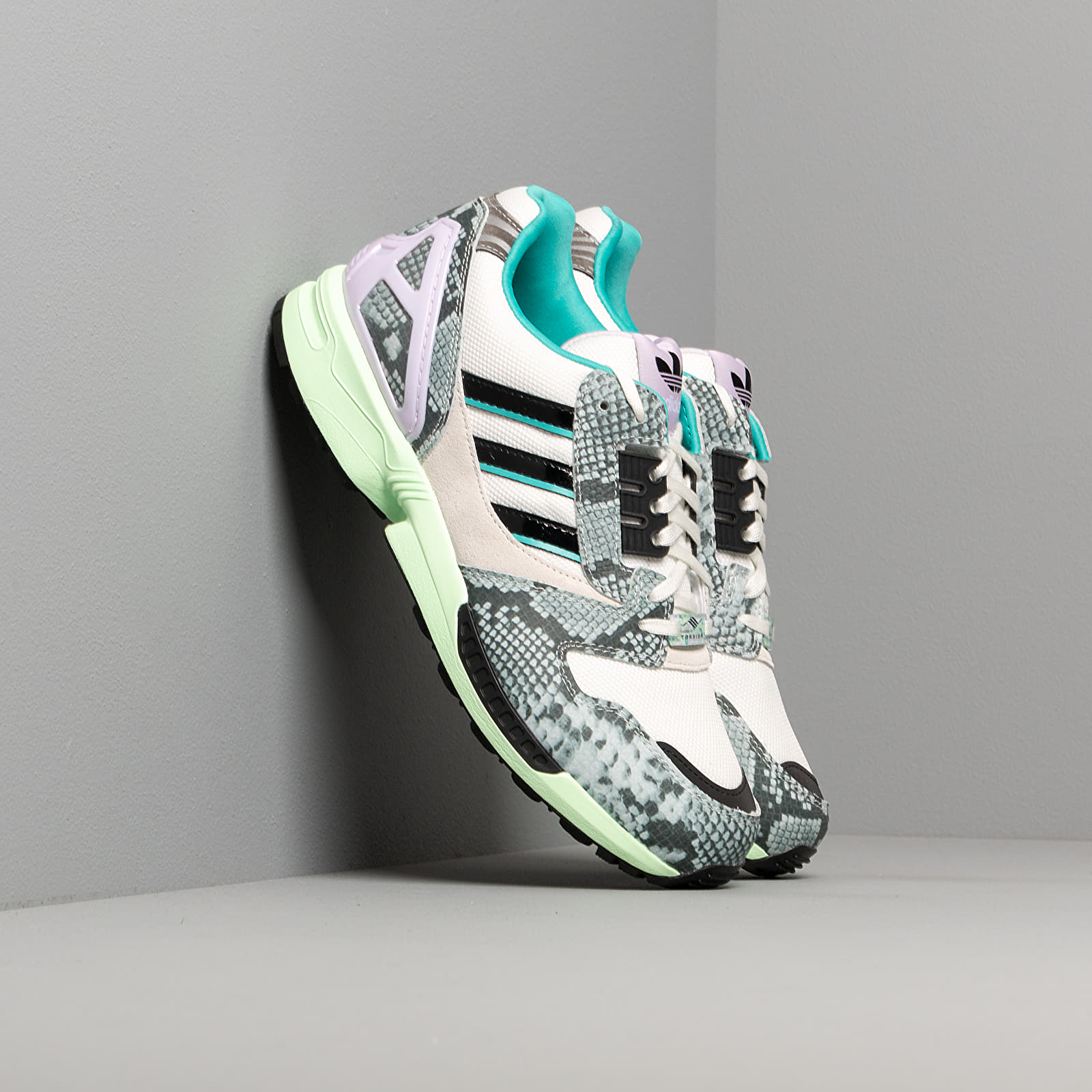 Men's shoes adidas ZX 8000 White Tint S18/ Core Black/ Hi-Res Aqua