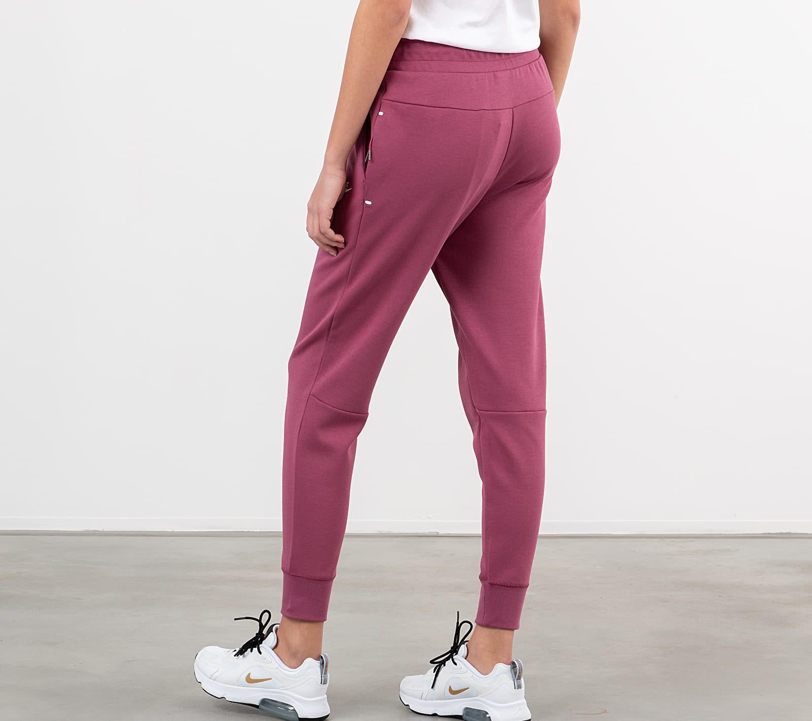 Nike Sportswear Tech Fleece Pants Mulberry Rose/ Mulberry Rose/ White, Pink