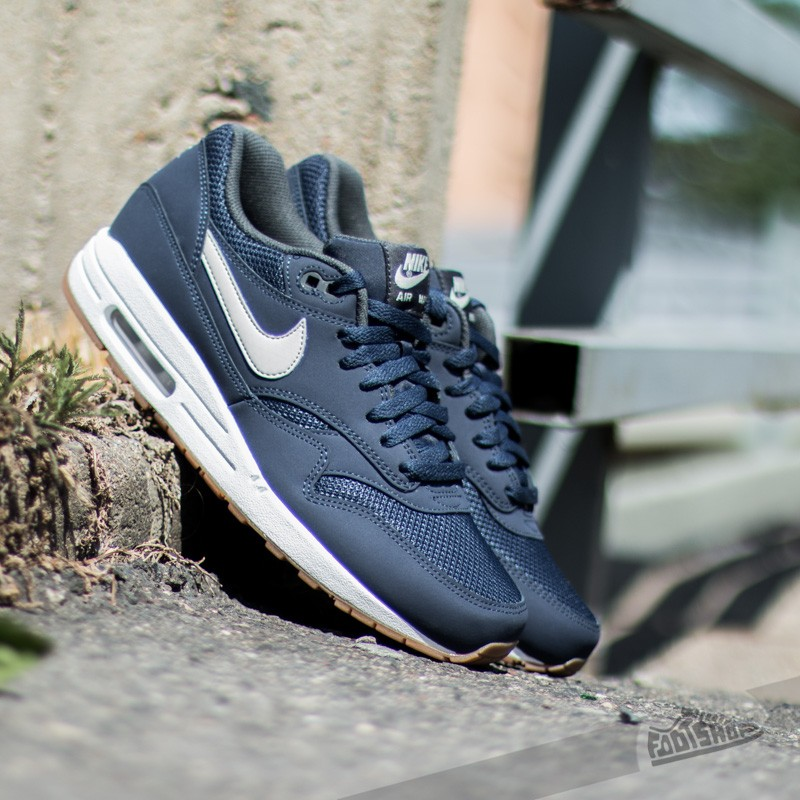 sports shoes 8d8b3 b069c Nike Air Max 1 Essential. Midnight Navy  ...