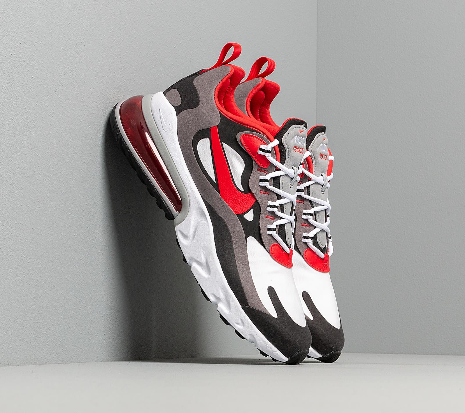 Nike Air Max 270 React Black/ University Red-White-Iron Grey EUR 41