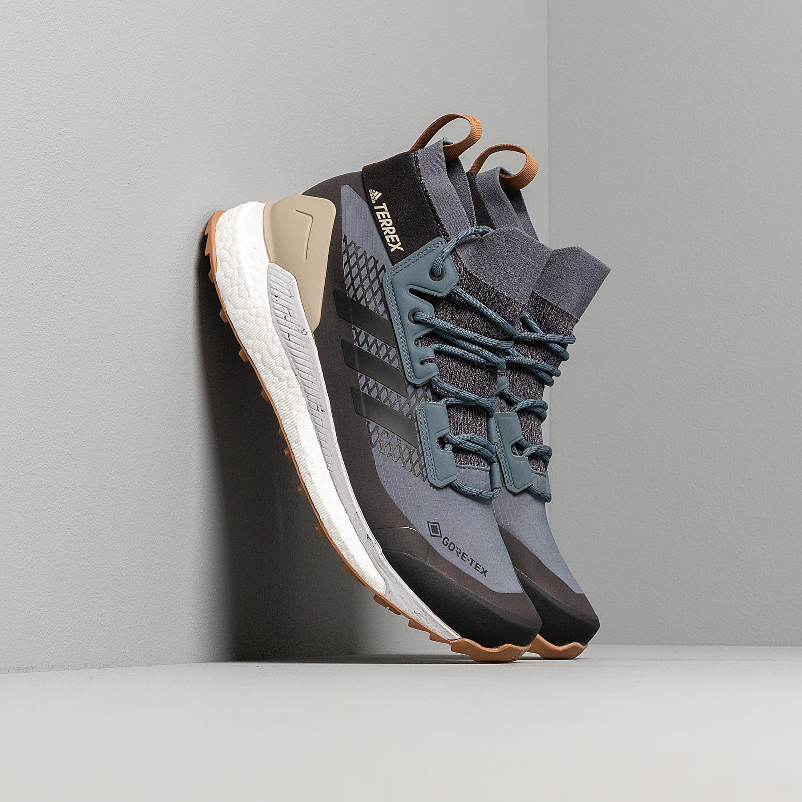 Men's shoes adidas Terrex Free Hiker GTX Legend Blue/ Core Black/ Raw Desert