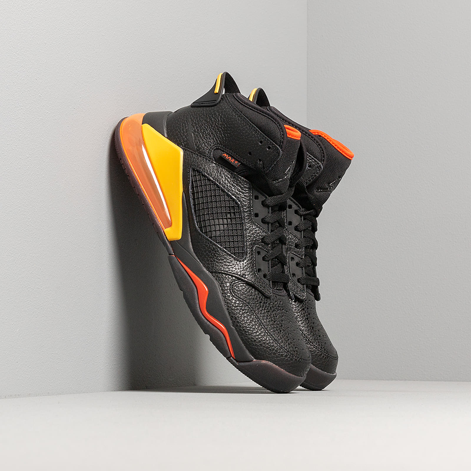Men's shoes Jordan Mars 270 Black/ Black-Team Orange-Amarillo