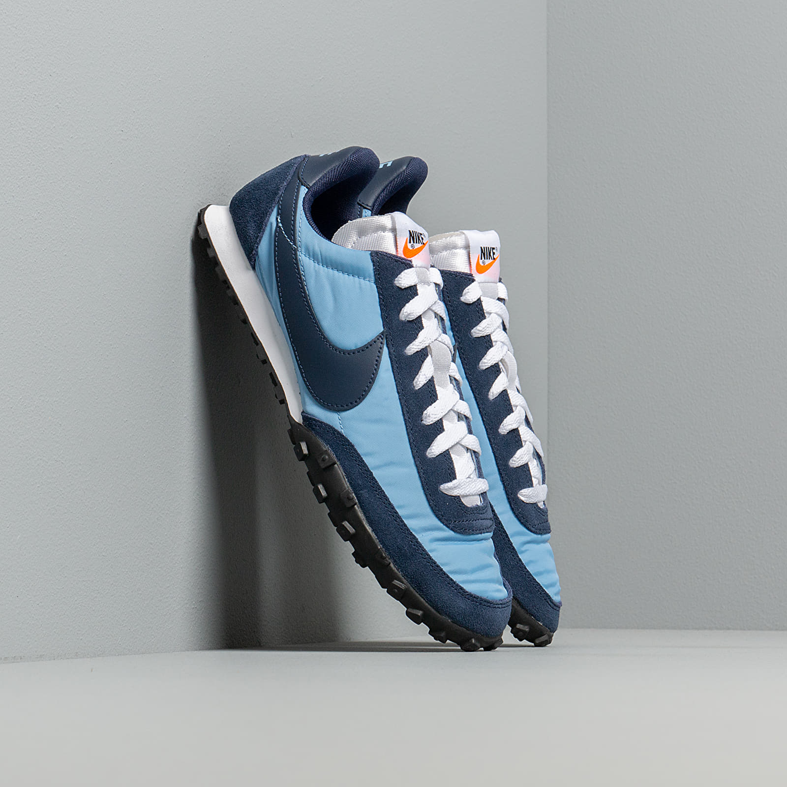 945 Confirmación fondo  Men's shoes Nike Waffle Racer Light Blue/ Midnight Navy-Midnight Navy |  Footshop