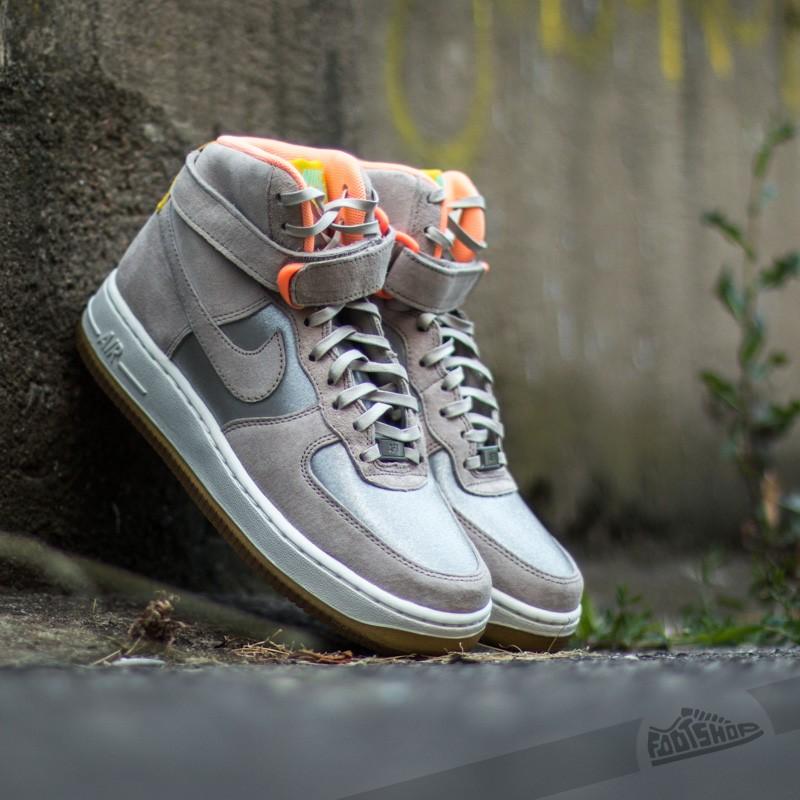92d46907 Nike WMNS Air Force 1 HI Premium Metallic Silver/ String   Footshop