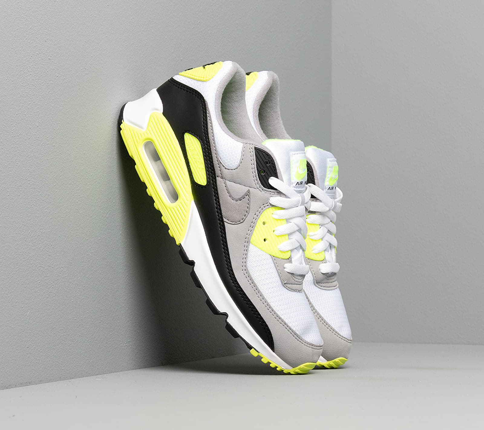 Nike Air Max 90 White/ Particle Grey-Volt-Black EUR 38.5