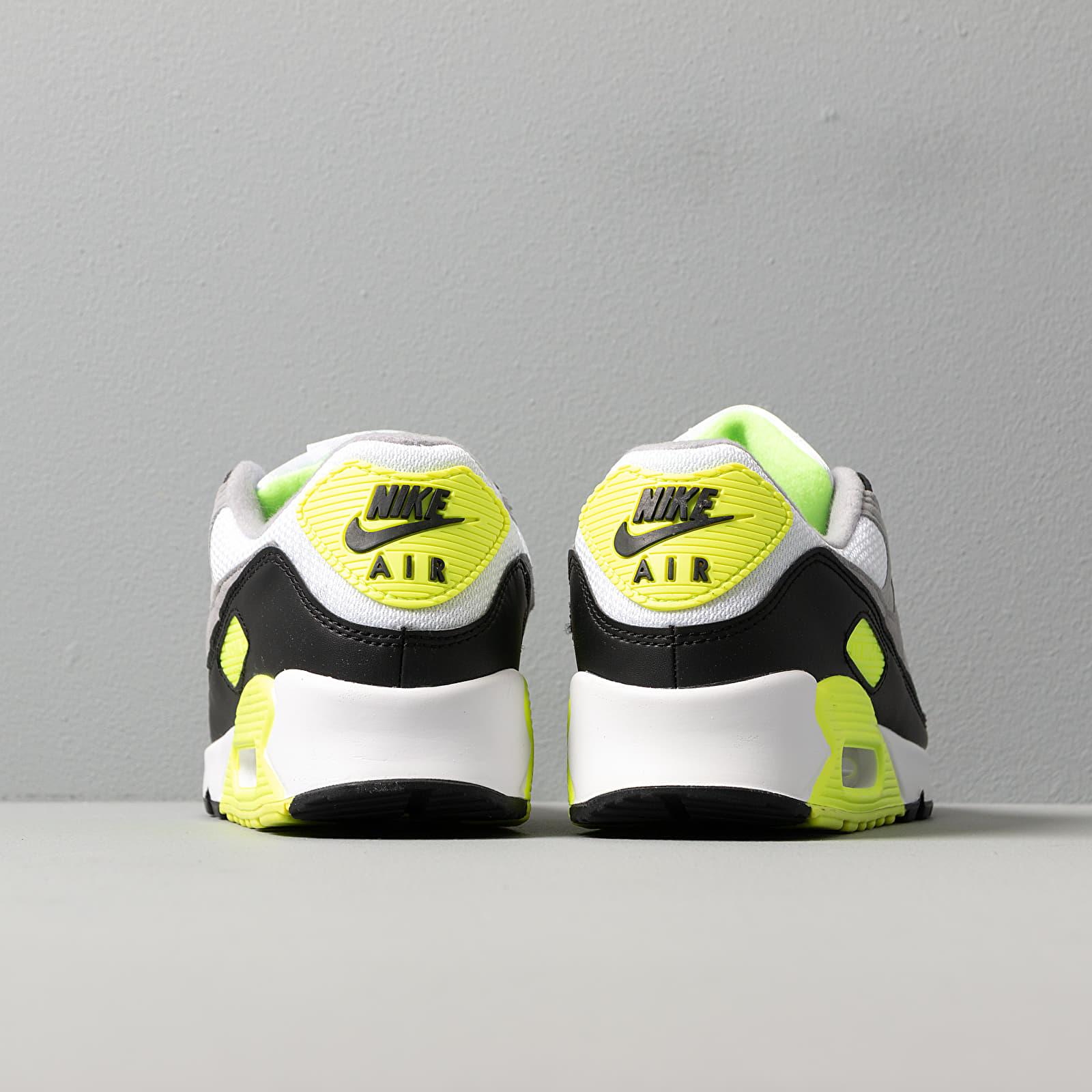 Nike Air Max 90 QS University RedPale Vanilla Hyper Grape