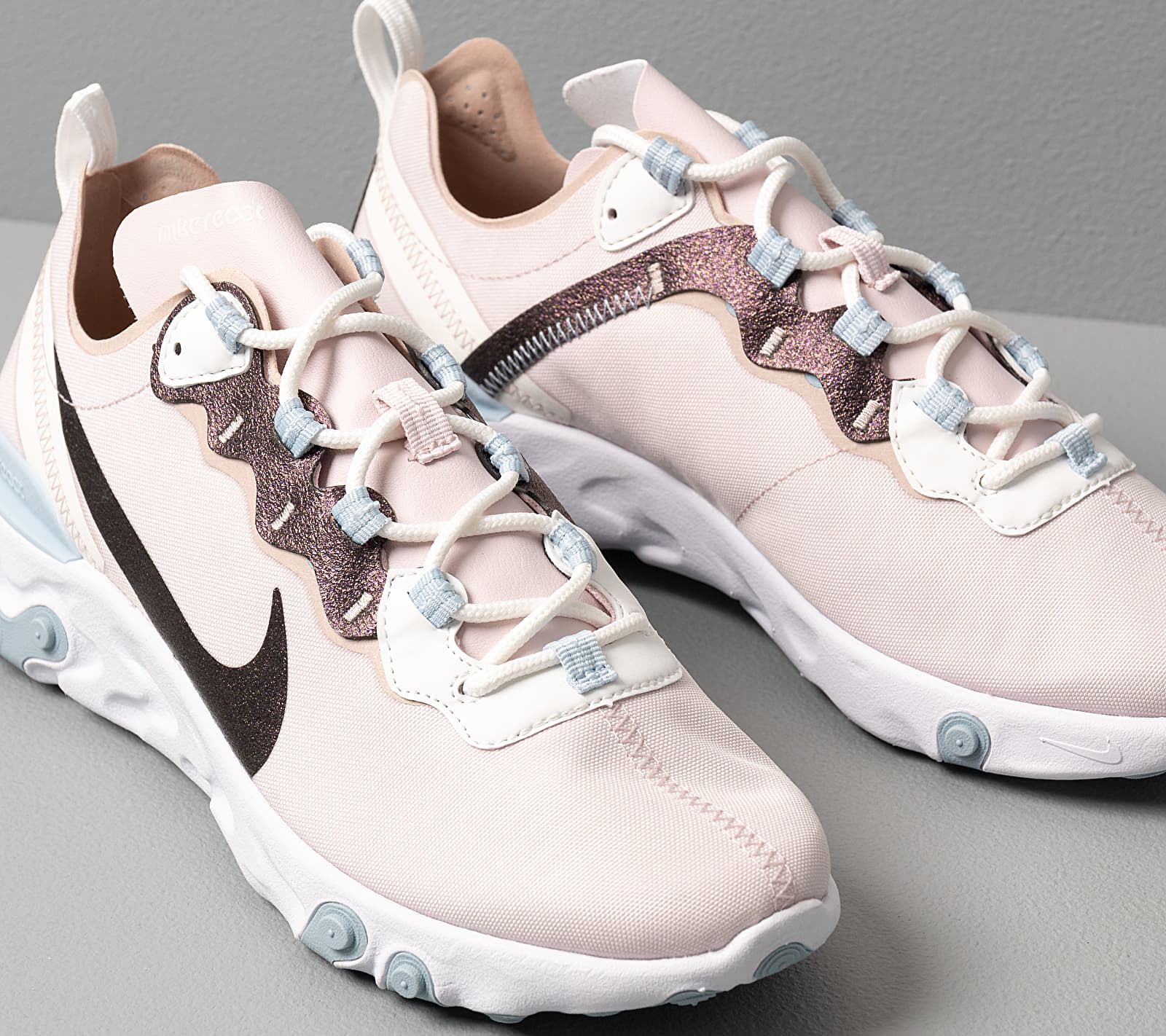 Nike W React Element 55 Se Barely Rose/ Fossil Stone-Summit White, Pink