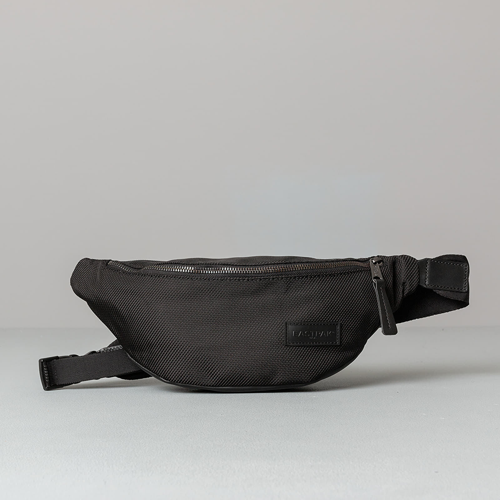 EASTPAK Springer Select Bag