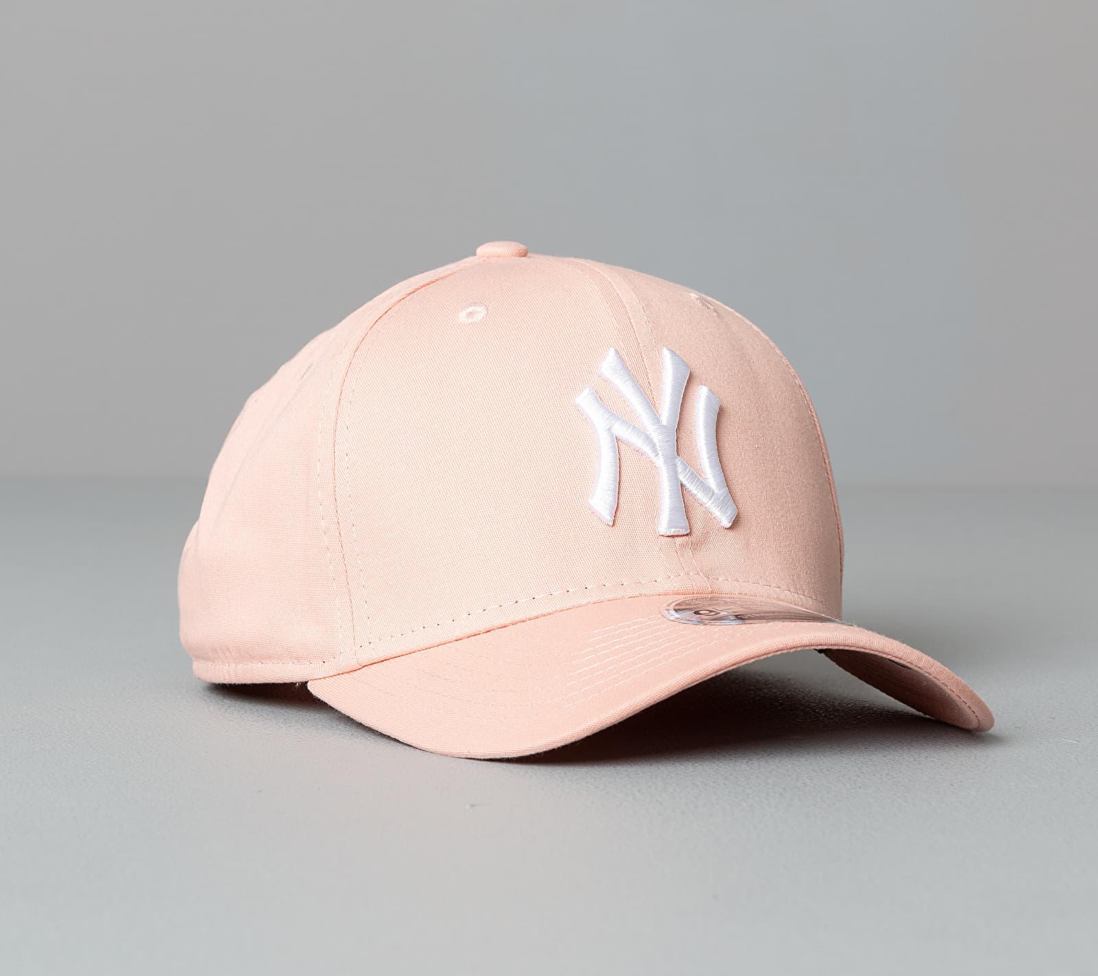 New Era 9Fifty MLB Essentials New York Yankees Cap Pink S/M