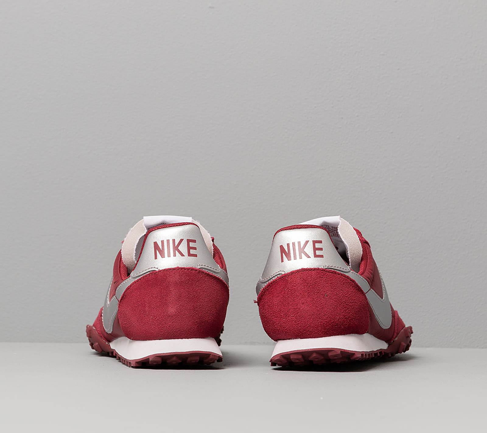 Nike Waffle Racer Team Red/ Metallic Silver-White