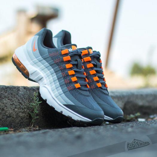 Nike Wmns Air Max 95 Ultra Dark GreyTotal Orange Cold
