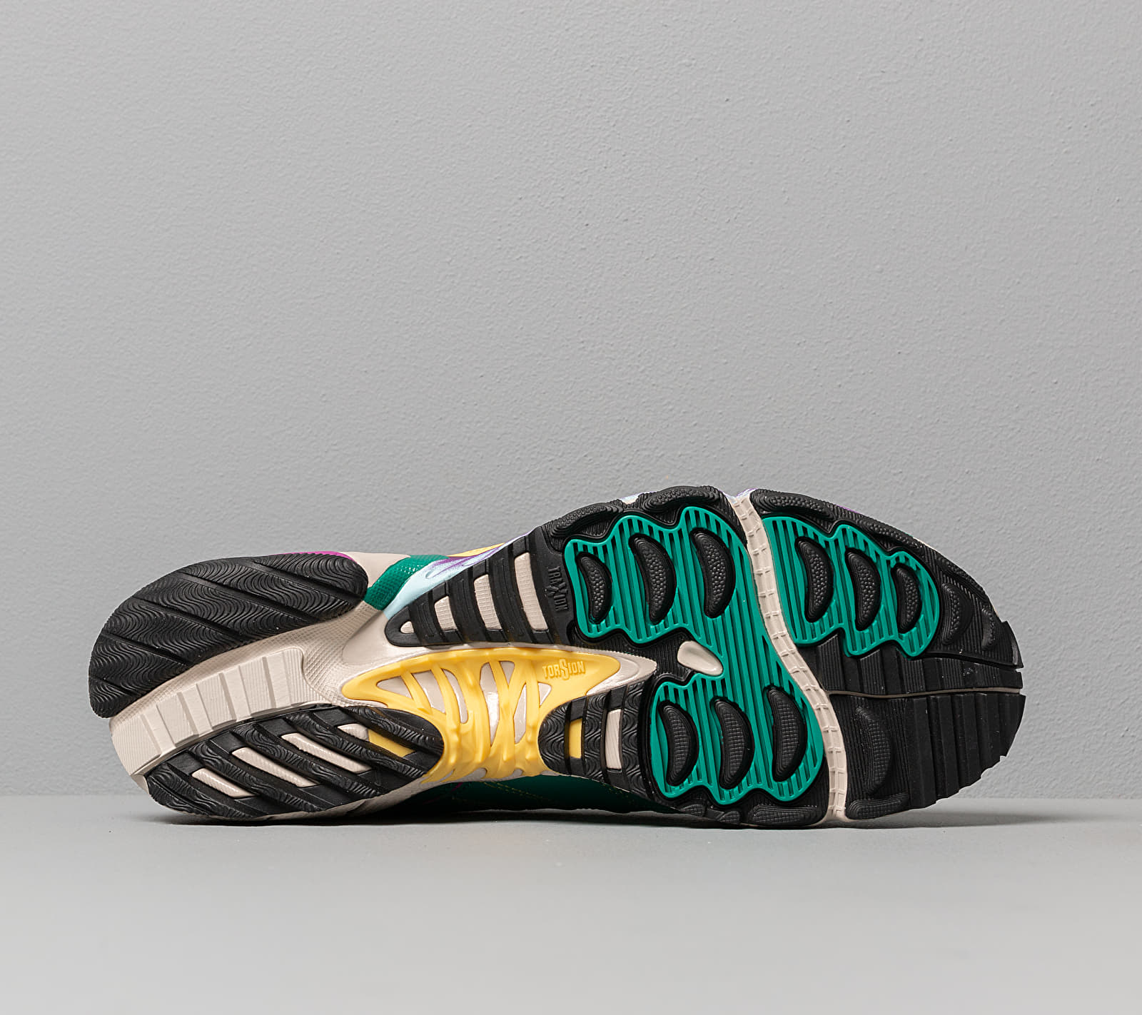 adidas Torsion TRDC W Core Brown/ Core Black/ Glow Green