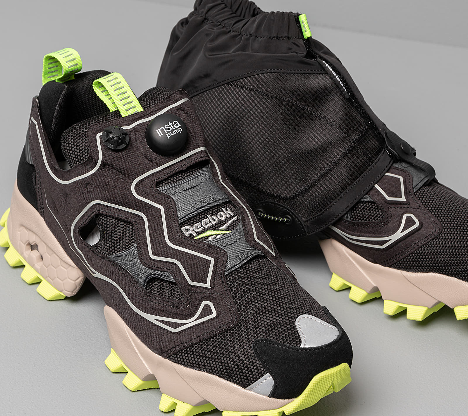 Reebok Instapump Fury Trail Shroud Black/ True Grey 8/ Modern Beige