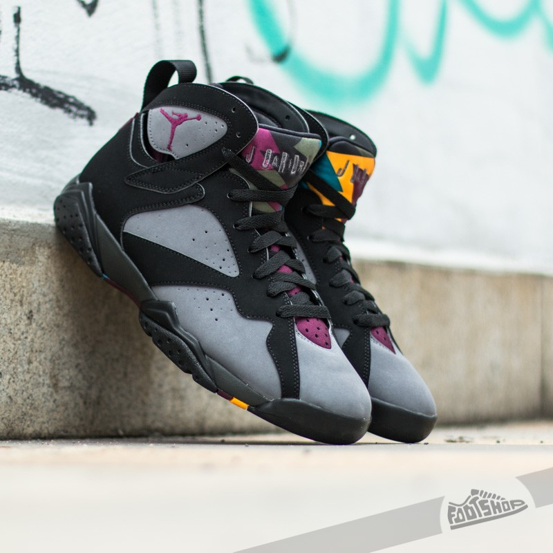 new concept d351f d169a Air Jordan 7 Retro Black Bordeaux-Light Graphite-Midnight Fog