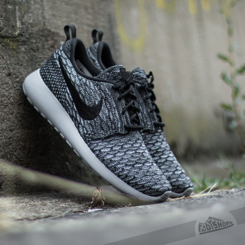 Nike Wmns Roshe One Flyknit Cool Grey/Black-Wolf Grey-White ...