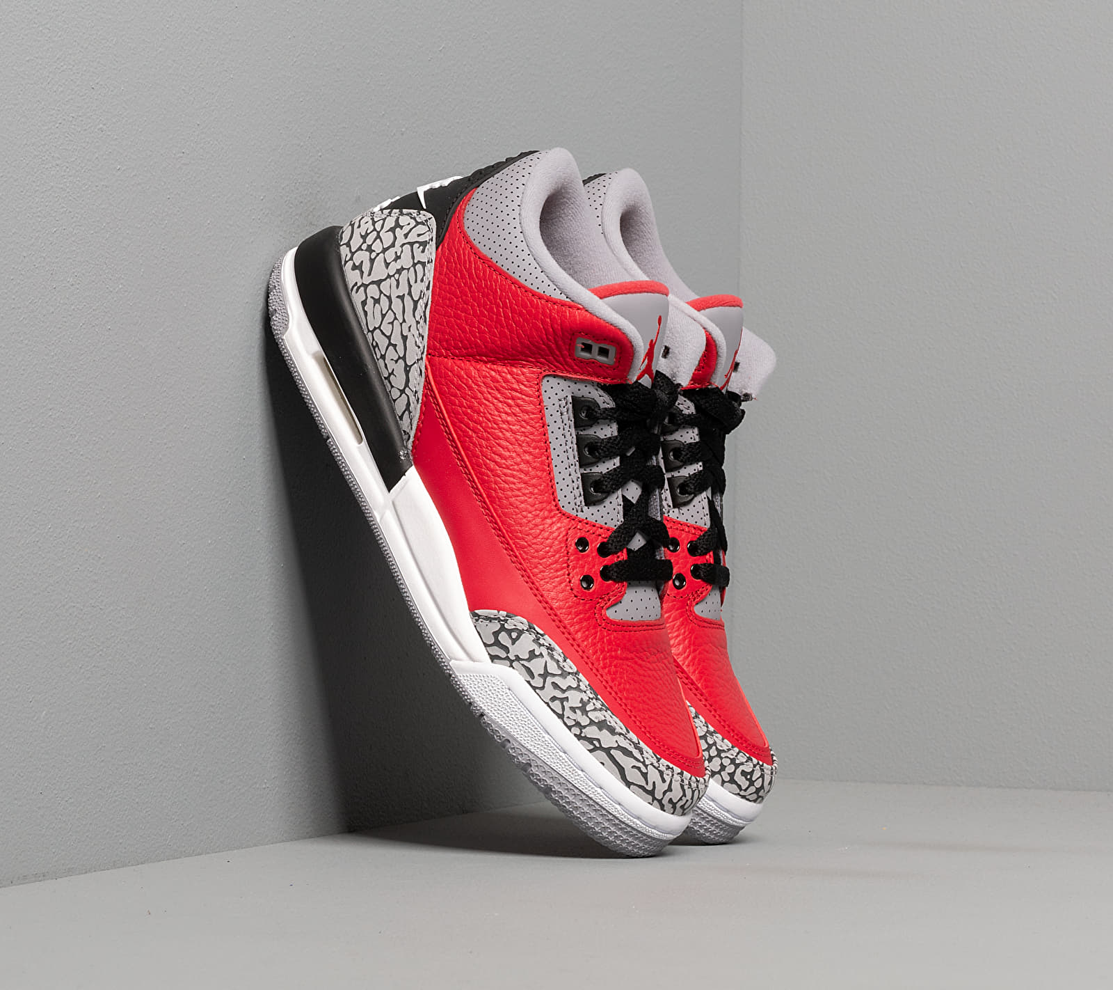 Air Jordan 3 Retro Se (GS) Fire Red/ Fire Red-Cement Grey-Black