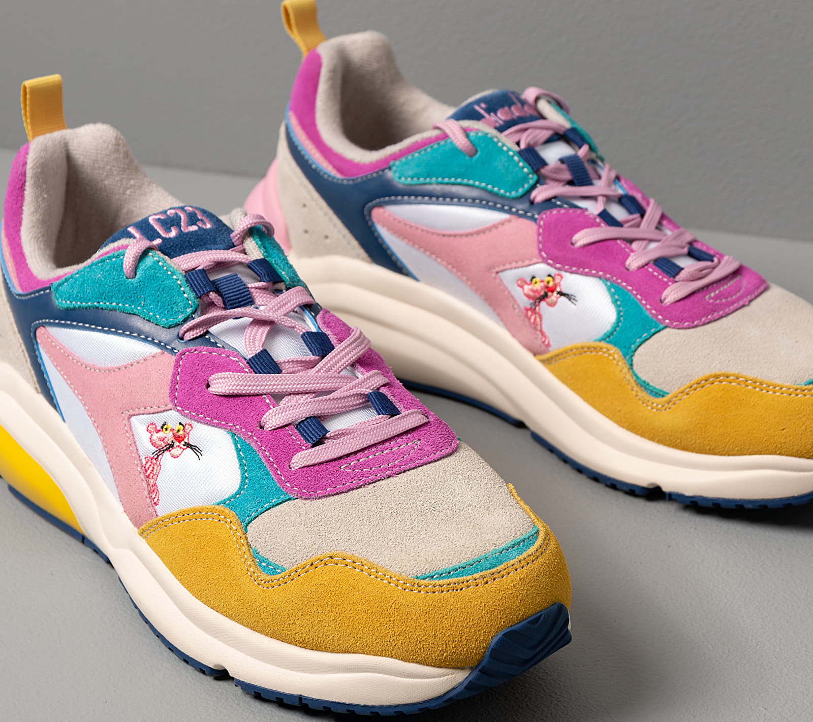 Diadora x LC23 x Pink Panther Whizz Run Summer Fuchsia, Multicolour