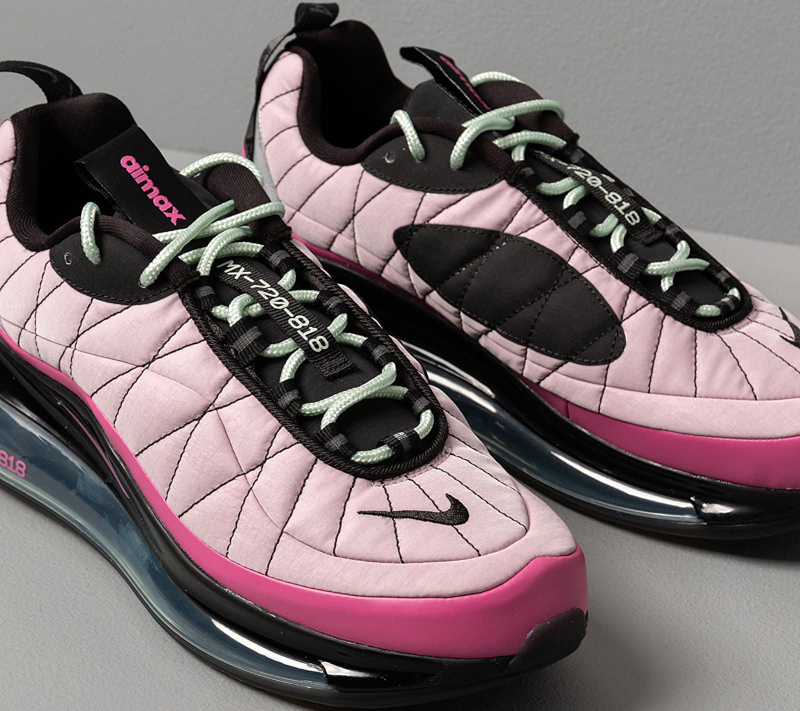 Nike W Mx-720-818 Iced Lilac/ Cosmic Fuchsia-Black, Purple