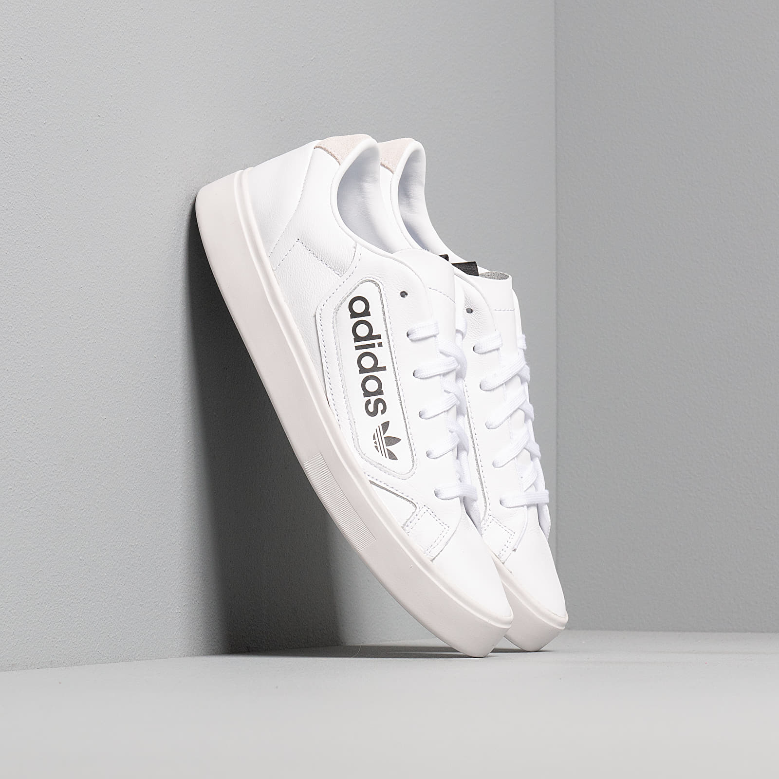 Frauen adidas Sleek W Ftw White/ Crystal White/ Core Black