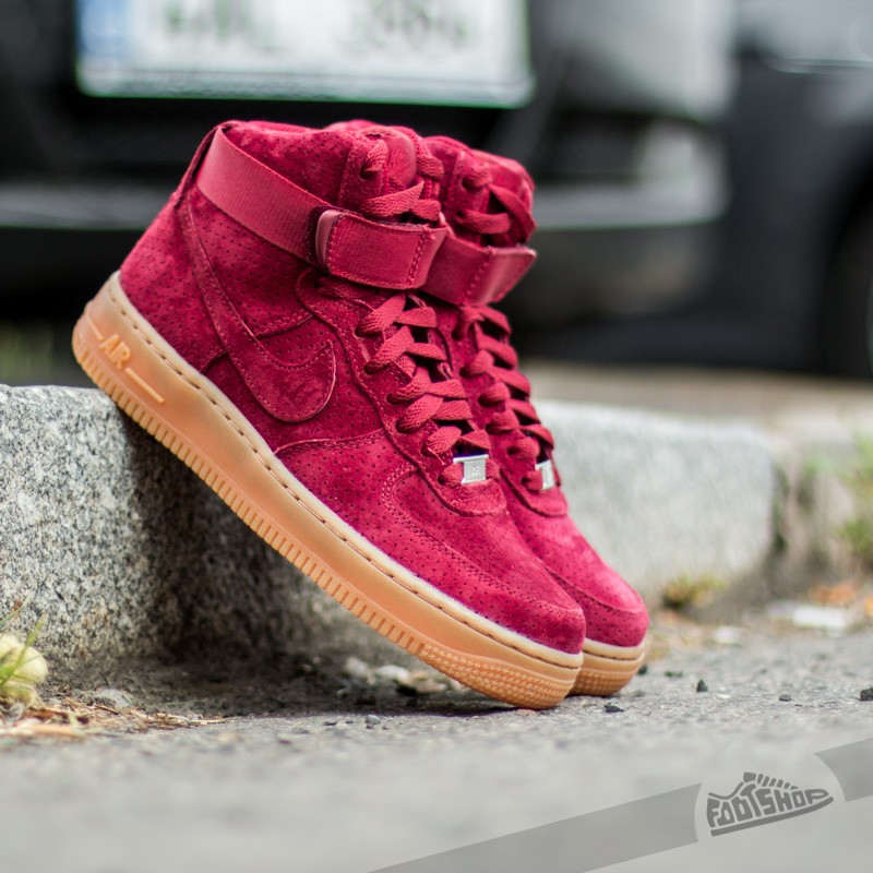 Nike Wmns Air Force 1 Hi Suede (Team Red Team Red)